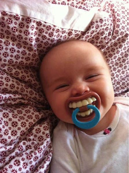 Wake up with a smile - Funny Videos - funvizeo.com - baby laugh, smile, wake up, humor, cute baby