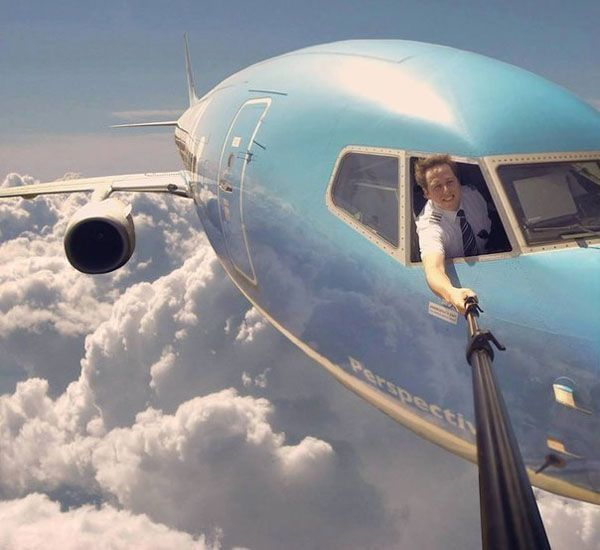 Best selfie ever - Funny pictures, memes - funvizeo.com - planes, selfie, take a photo, funny