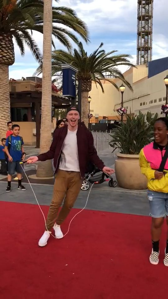Jump Rope Team - Funny Videos - funvizeo.com - funny gifs, funny, jump rope, team