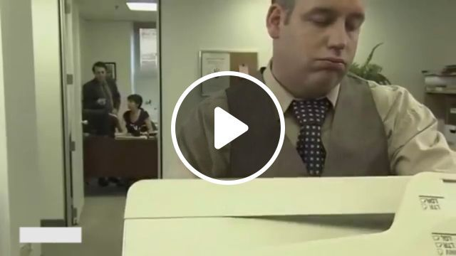 What to Do When You're Bored at Work? LOL - Funny Videos - funvizeo.com - funny videos, humor, printer, employees, office, work