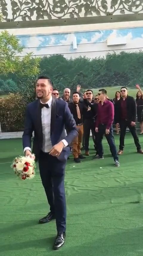 Throwing wedding flowers, lol