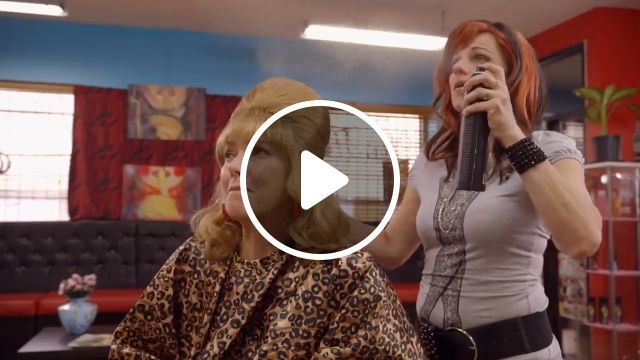 Consequences of watching movies during working hours LOL - Funny Videos - funvizeo.com - barbershop, make hair, humor, hair balm, hair salon