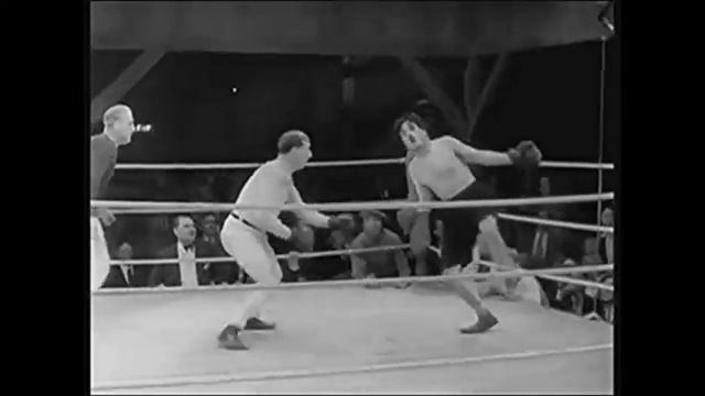 The world's funniest boxing match - Funny Videos - funvizeo.com - funny videos, funny, funny boxing match,charlie chaplin