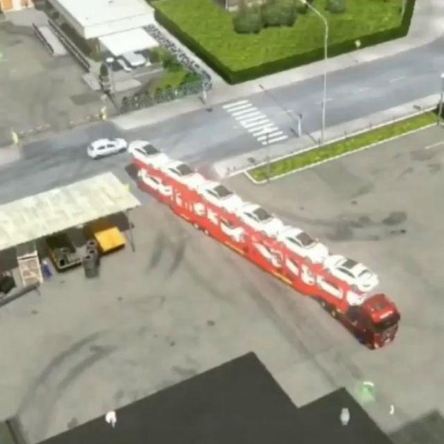 Amazing Truck Driver Skill