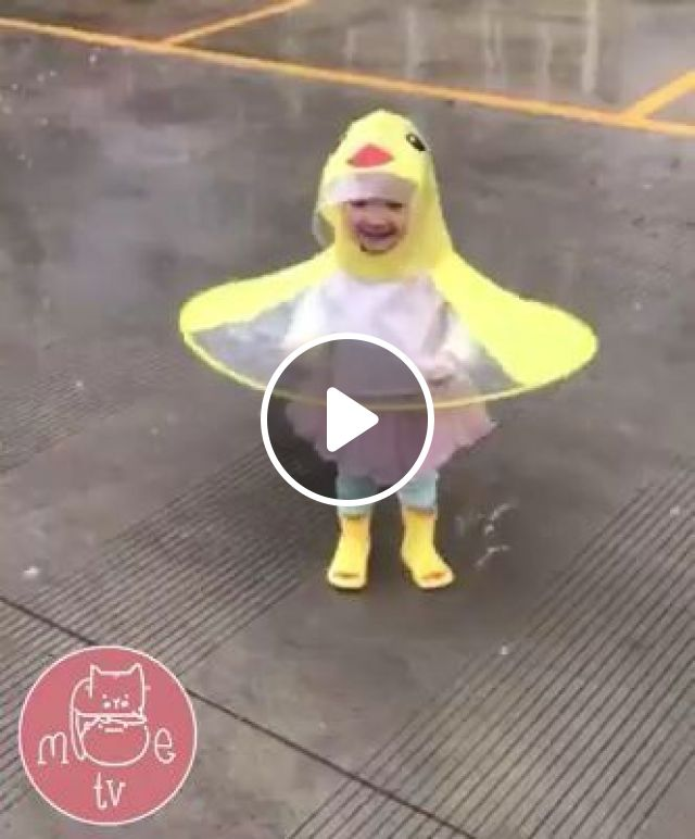 It's fun to have fun in the rain, duck, baby, cute, funny