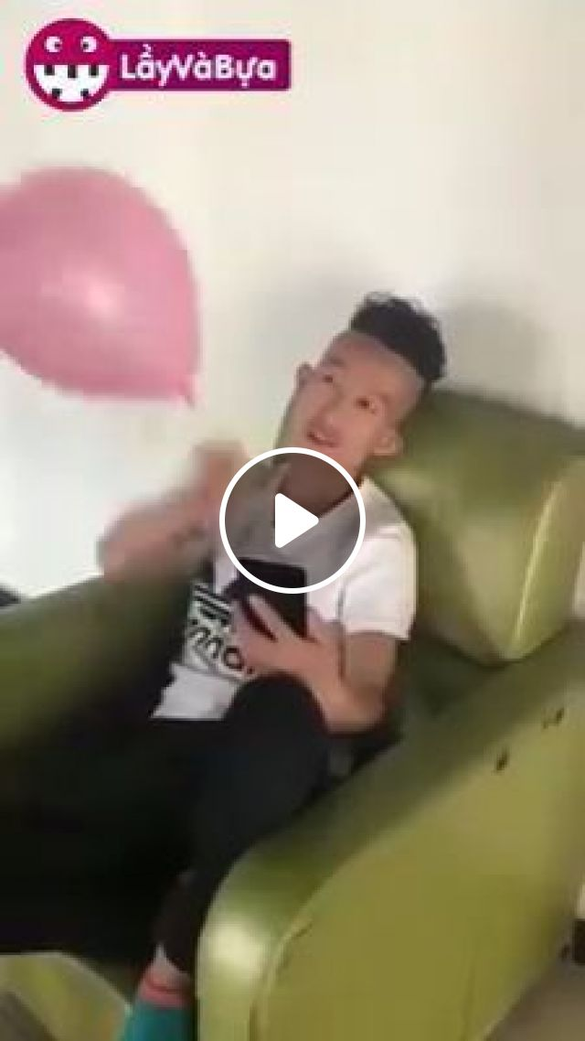 Try Not to Laugh, hahaha, prank, wet, balloon, funny