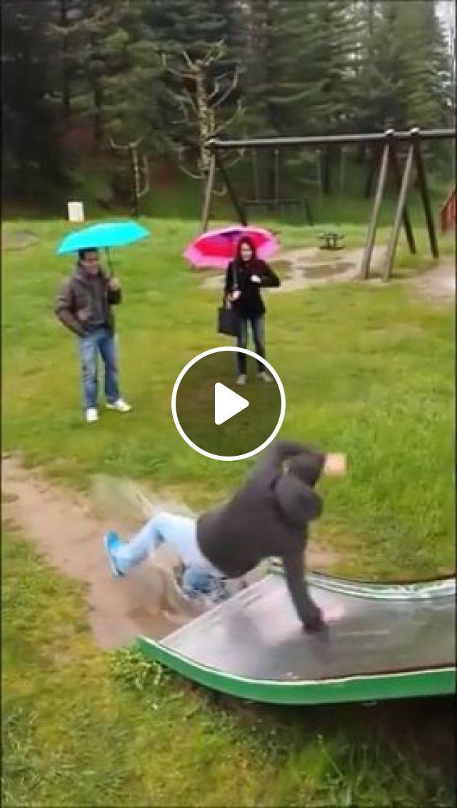 Ha há hà ha, funny, funny videos, stupid, slide, game