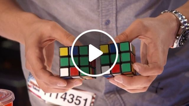 Rubik master - How did he do that?