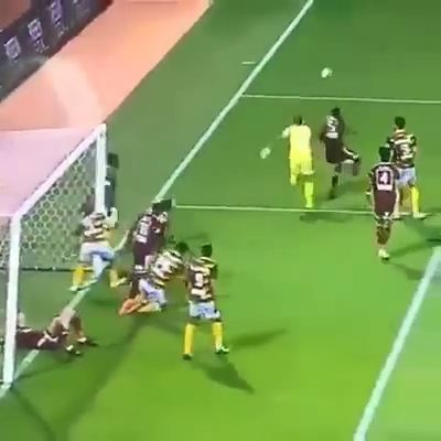 Mission Impossible: Unable to score - Funny Videos - funvizeo.com - funny gifs,funny,football