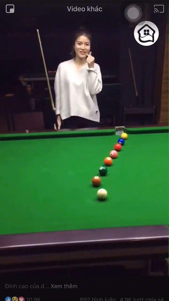 Beautiful Woman Plays Billiards Very Well