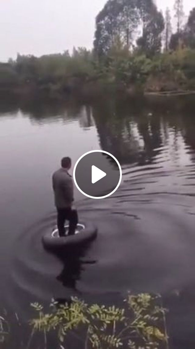 He Has An Infinity IQ - Video & GIFs | funny videos, funny, wheel, river