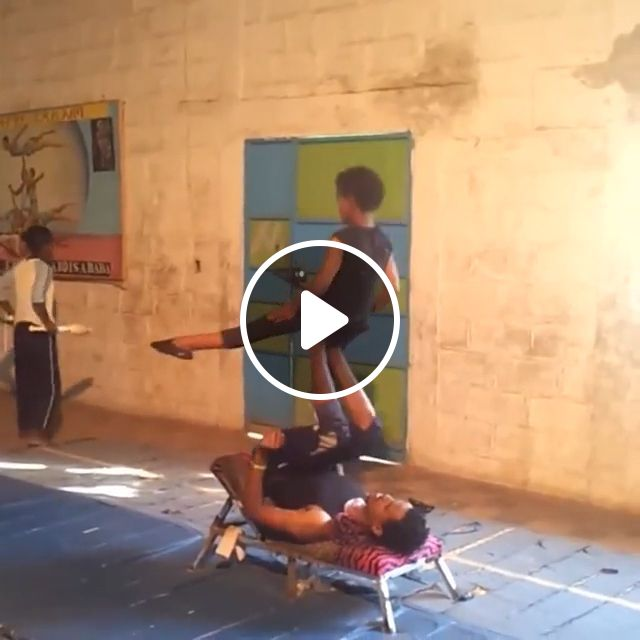 Great Circus Performer's Ability To Keep Balance - Video & GIFs | funny, circus, balance