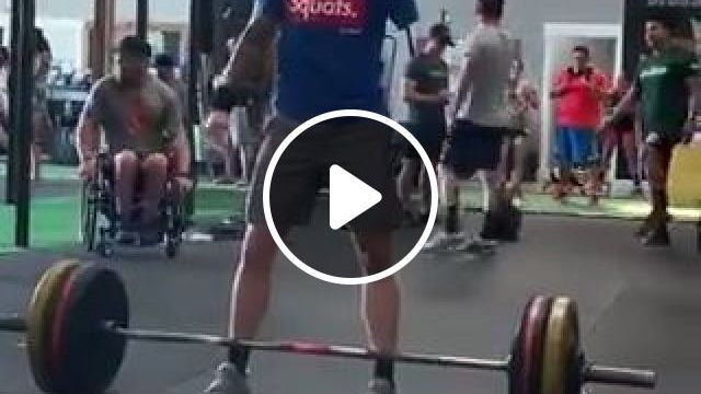 Weightlifting One Hand Lift - Funny Videos - funvizeo.com - hand,weightlifting,amazing
