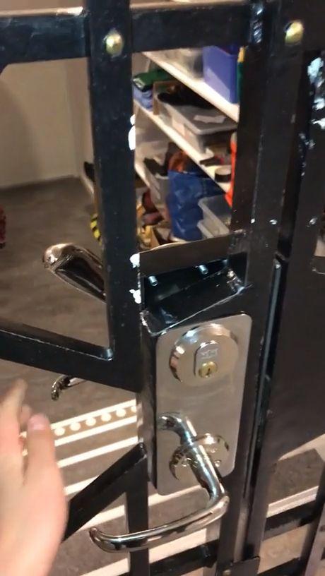Safety Door - Funny Videos - funvizeo.com - funny,design fails,door