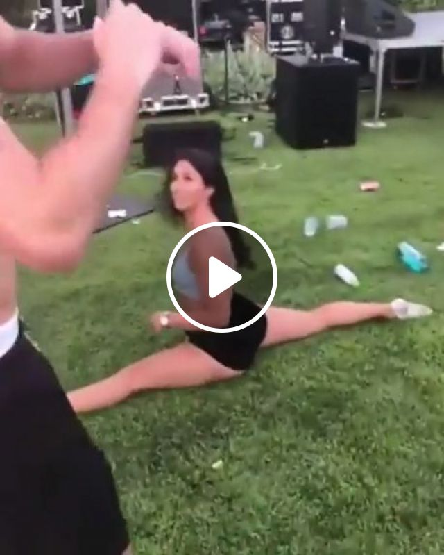 Backflip Splits Girl, backflip to splits, funny