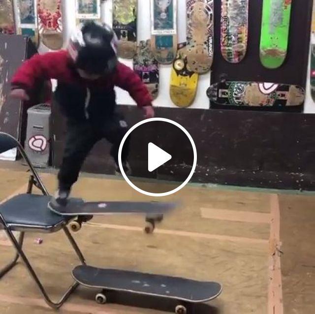 Future Asian Tony Hawk, funny, skateboard, kid