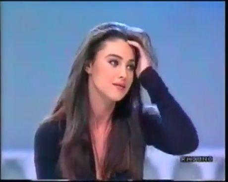 My 90's Girl - Funny Videos - funvizeo.com - monica bellucci