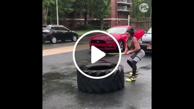 Here's a stunner of a woman - Funny Videos - funvizeo.com - woman, fitness, stunner, strong