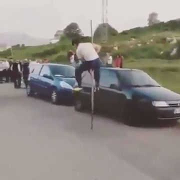 I hope the rod is not broken - Funny Videos - funvizeo.com - talent,funny, danger