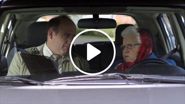 Do not despise old people, drift, old, despise, funny, car