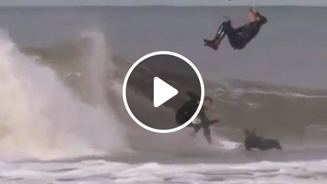 Really lucky - Funny Videos - funvizeo.com - skateboard, surf board, lucky, humor, danger, terrain motorcycle, racing cars