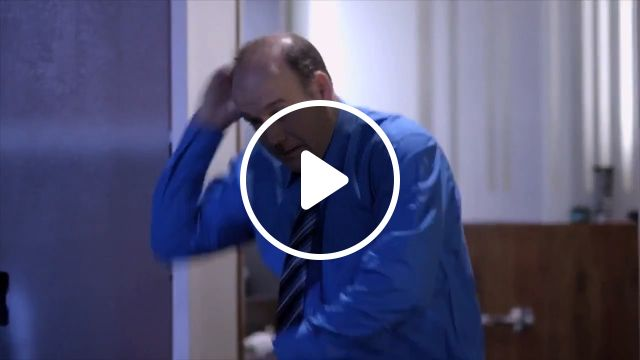 Funny Videos - Automatic shoe polisher, shoe polisher, funny, elevator