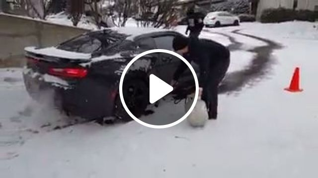 How to Free a Car Stuck on Ice or Snow, ice, snow, car, funny