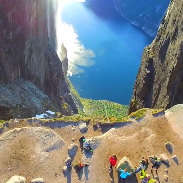 Beautiful nature - Funny Videos - funvizeo.com - beautiful nature, funny, lake, cliff