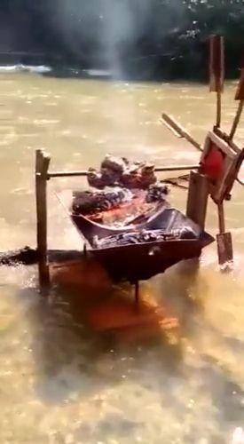 Grilled meat on the river - Funny Videos - funvizeo.com - grilled meat, river bbq, funny, camp, nature tourism, river, picnic