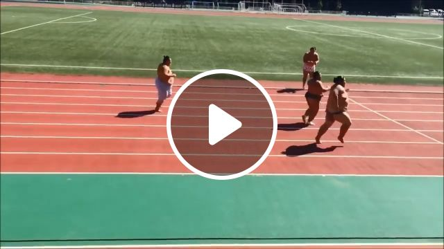 Sumo Wrestlers Doing A 100m Sprint Race - Video & GIFs | sumo, funny, race