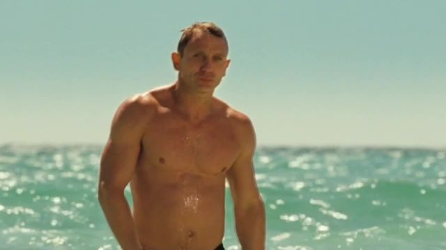 James bond impressed meme - Video & GIFs   Je t'aime moi non plus meme,casino royale meme,james bond meme,007 meme,mermaid corgi meme,corgi meme