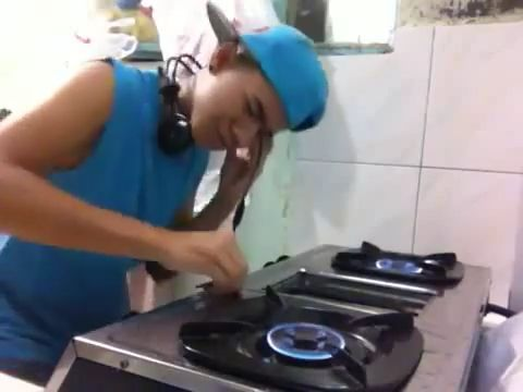 DJ Gas Stove, lol