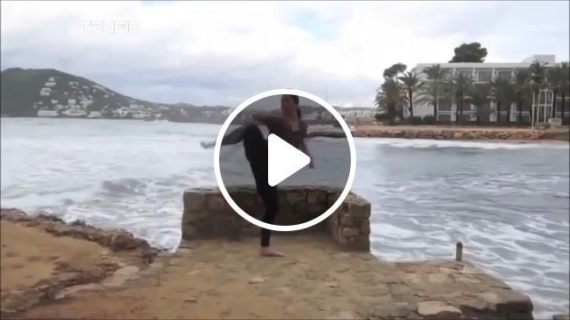 OMG, Can you do it?, funny gifs, funny, kick, martial arts