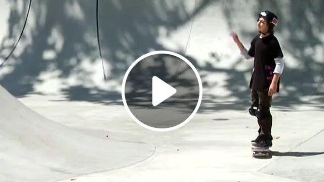 Robot Skater, funny gifs, funny, robot, skateboarding, funny skateboard gifs