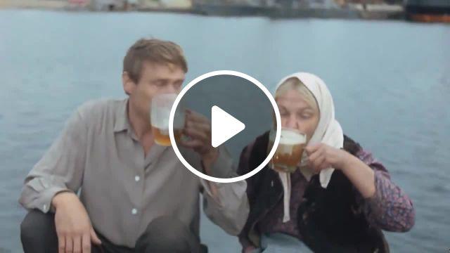 Pirates And Pigeons Memes - Video & GIFs | music memes, beer memes, sea memes, ussr memes, ссср memes, михайлов memes, любовь и голуби memes, russia memes, russianhybrids memes, russianhollywood memes, pirates of the caribbean memes